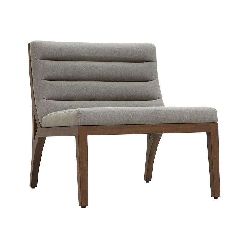 Edg-e Lounge Chair