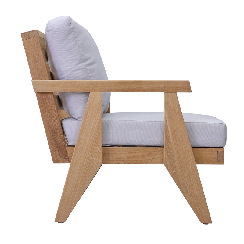 Sena Outdoor Lounge Chair
