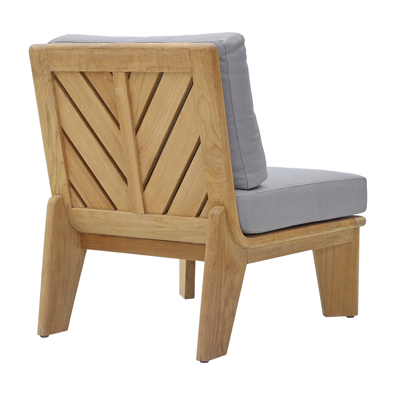 Patra Outdoor Lounge Chair