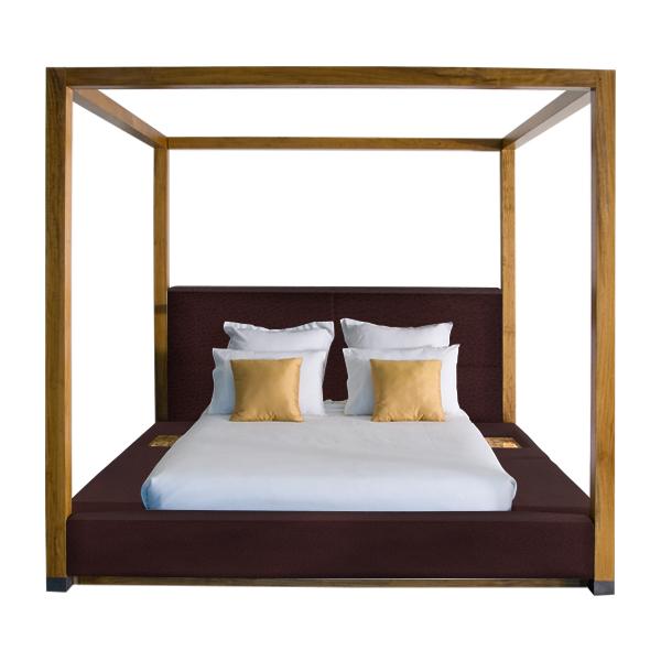Nyepi Four Posts Bed