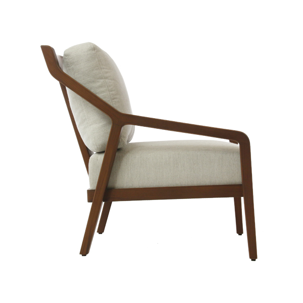 Evy Lounge Chair