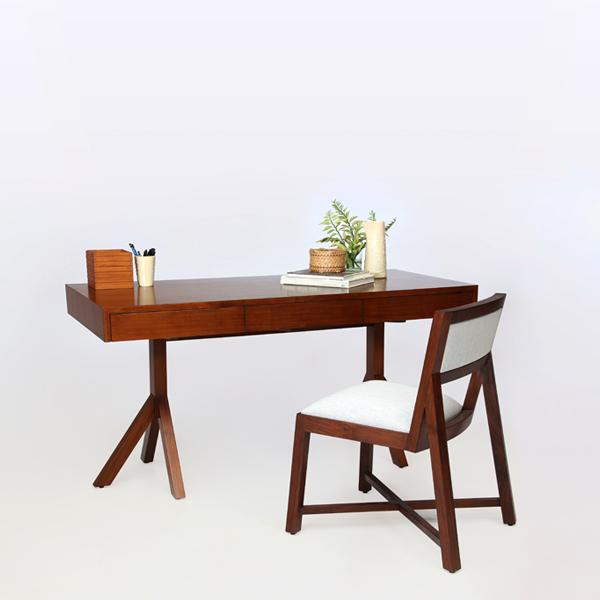 Jalan Desk