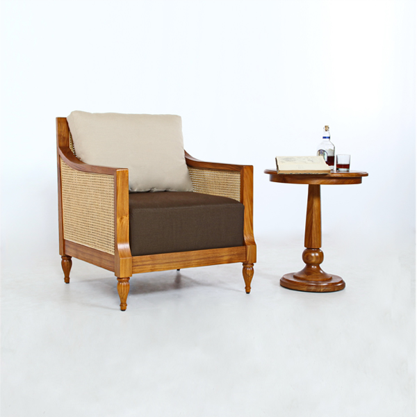 Colonial Easy Chair